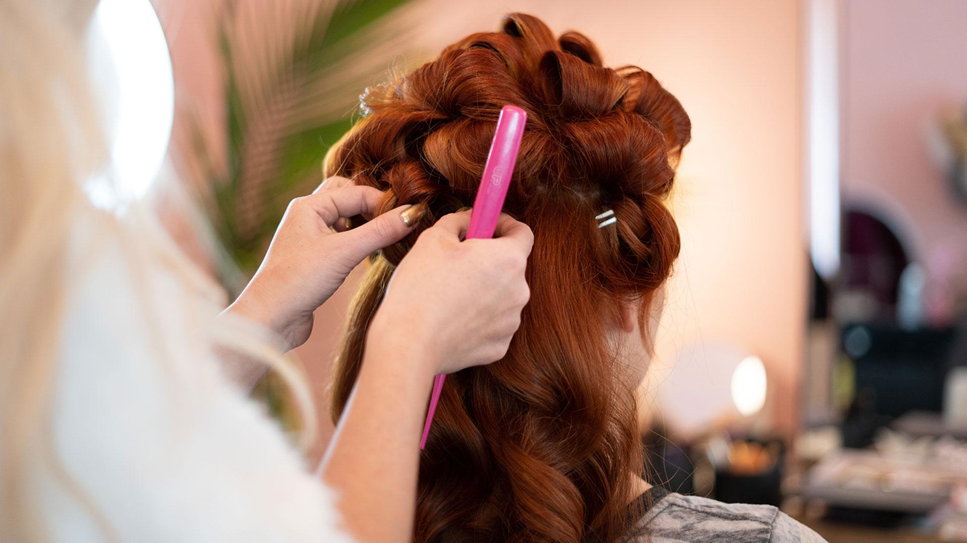 Les incontournables de la coiffure en cinéma et en télévision